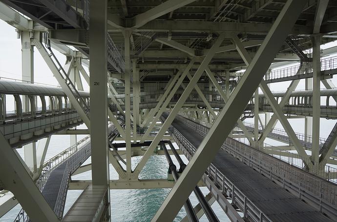 Akashi-Kaikyo_bridge_Ph_03