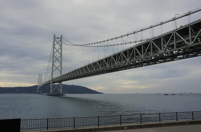 Akashi-Kaikyo_bridge_Ph_06
