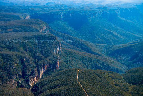 Blue-Mountains-by-sydneyaerialphotography
