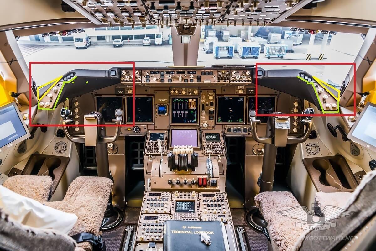 747 8 Cockpit